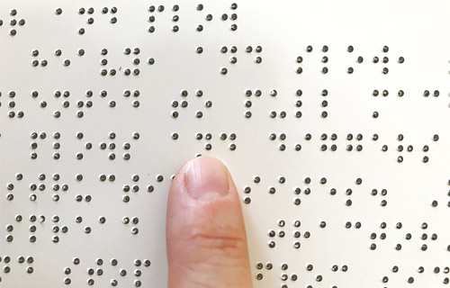 read words  using Braille