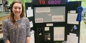 Student Discovers Green Thumb Growing Plants without Water