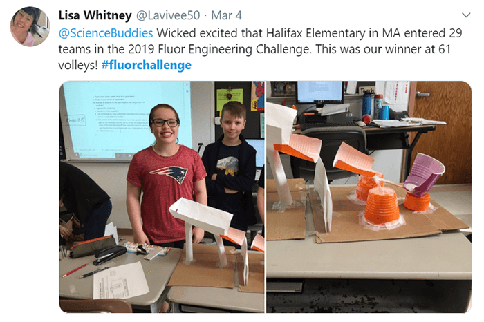 Example of students from Halifax Elementary in MA with volleyball machine Fluor Challenge devices