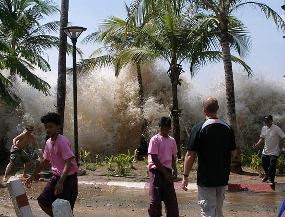 Ocean Science fair project People onshore in Thailand surprised by a tsunami wave. (Wikipedia, 2004.)