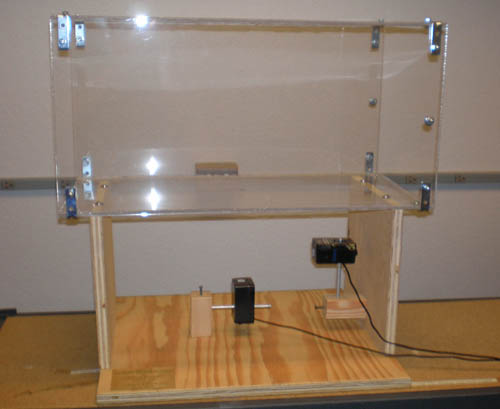Full test section with Plexiglas chamber and base.
