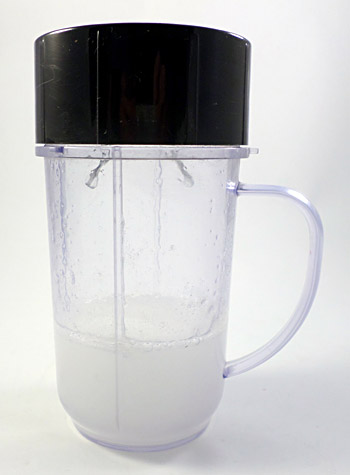 Sodium alginate and water are blended together in a blender cup