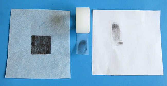 Pencil, paper and tape allow to make a clear fingerprint.