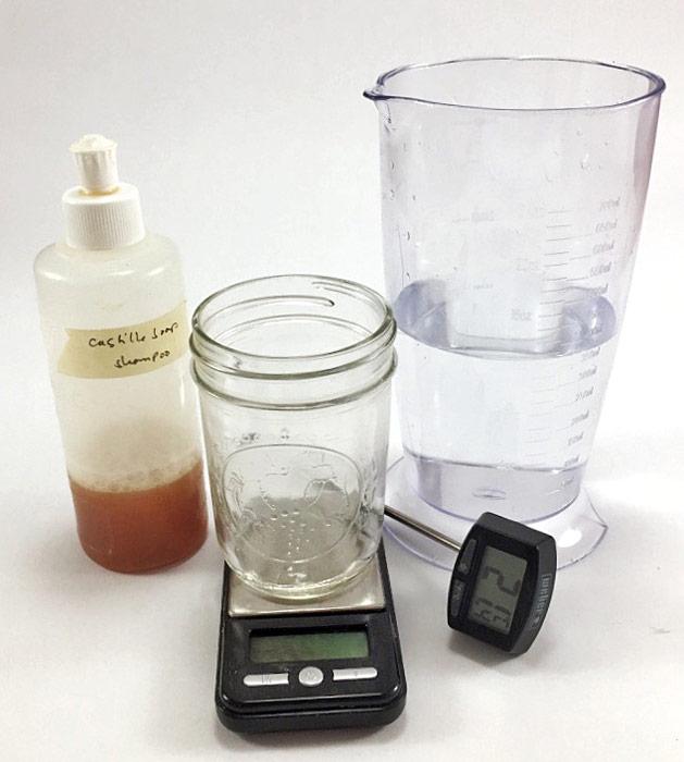 Preparing shampoo wash solutions