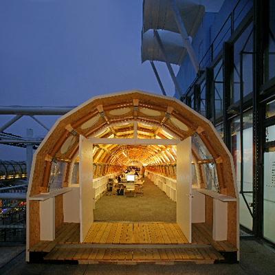 Paper Temporary Studio, 2004, Paris, France. Photo by Didier Boy dela Tour